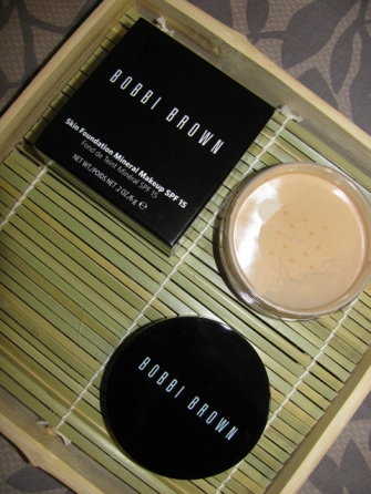 BOBBI BROWN MINERAL MAKEUP SPF 15