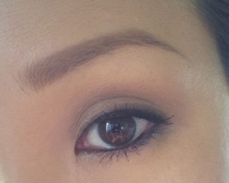 BOBBI BROWN CAVIAR AND OYSTER EYE LOOK 1