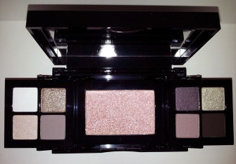 BOBBI BROWN CAVIAR AND OYSTER PALETTE IMAGE 1