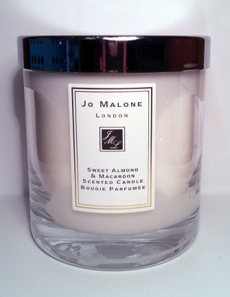 JO MALONE SWEET ALMOND & MACAROON SCENTED CANDLE