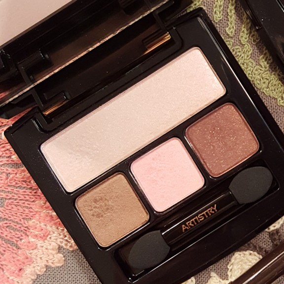 artistry shadow